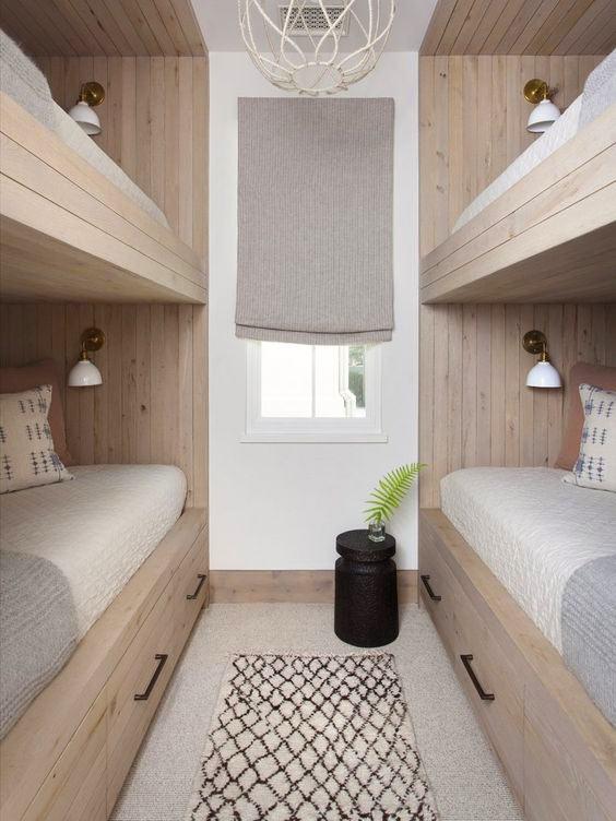 Гостевая спальня в стиле купе