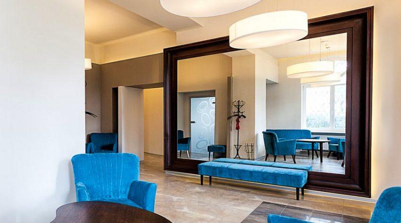 Зеркала для увеличения пространства маленькой квартиры
