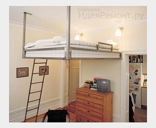 На фото: кровать подвешенная к потолку