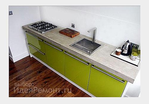 """На фото: напольная керамическая плитка в кухне """"под паркет"""""""
