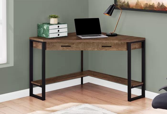 Хороший угловой стол может превратить любой угол в полноценный домашний офис
