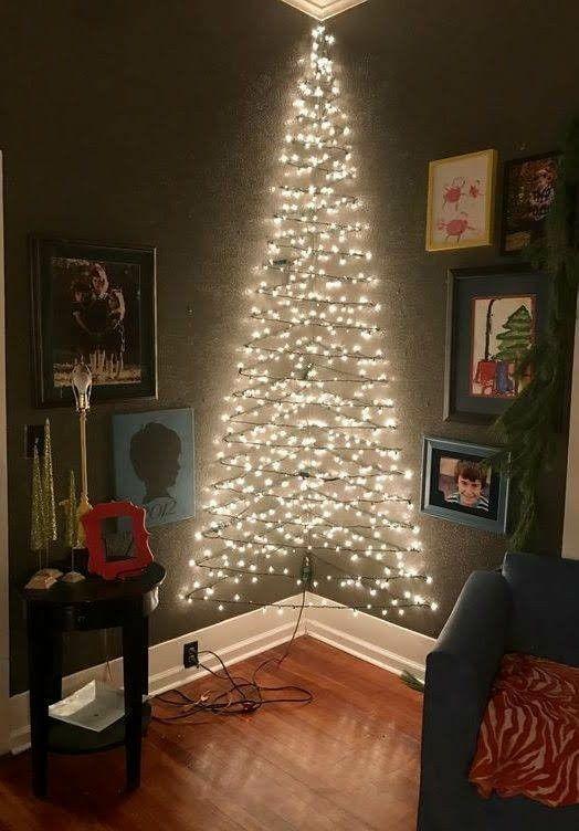 Угловая елка из гирлянд