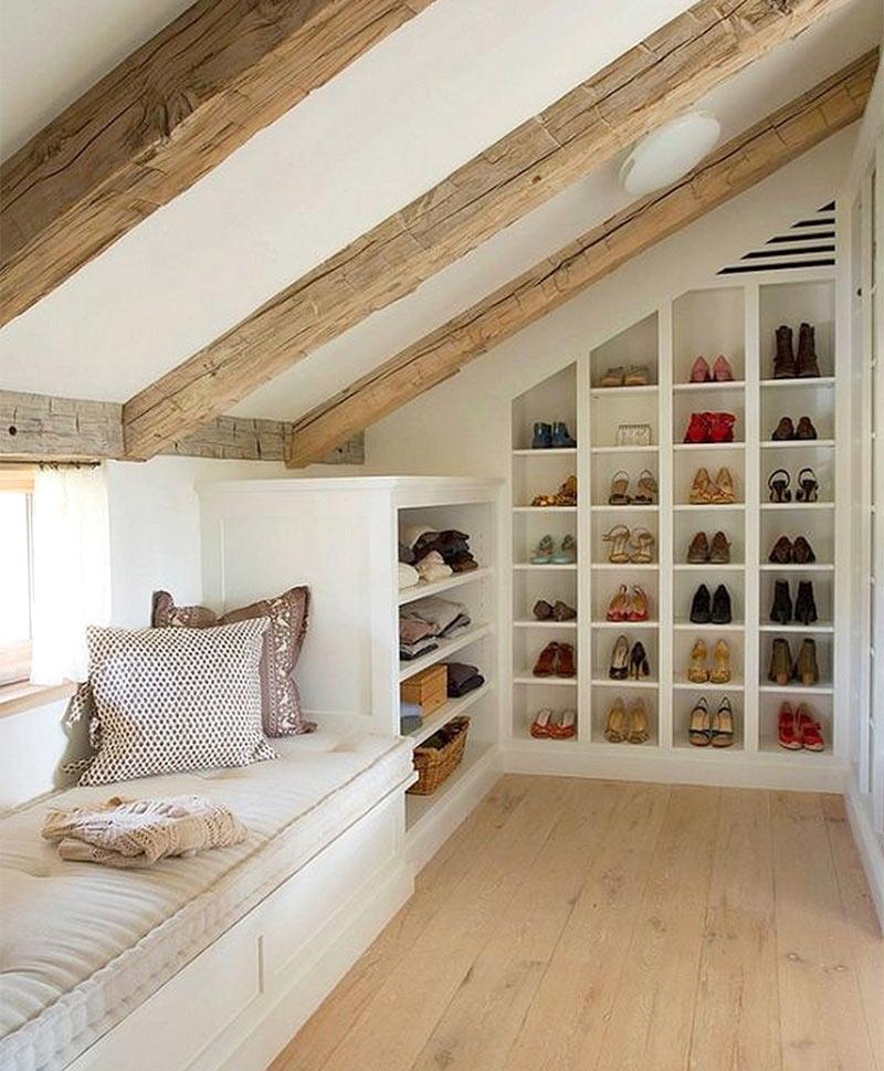 угловые места хранения на чердаке дома