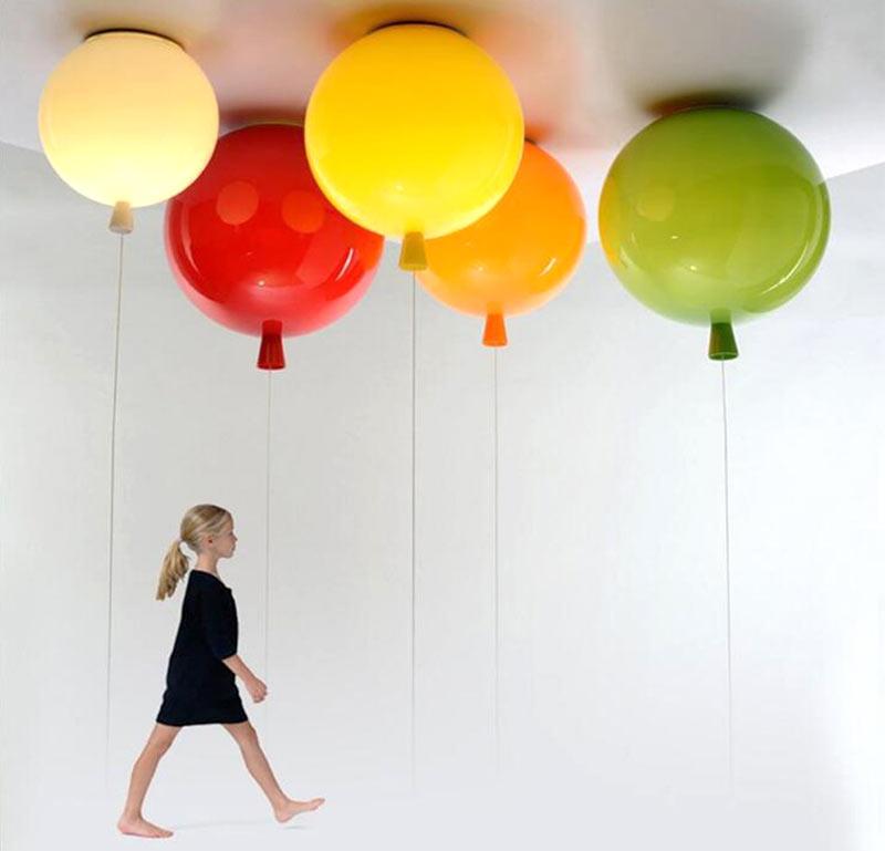 """Необычный потолочный светильник в виде """"надувных шариков"""""""