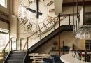 Большие часы в интерьере – отличная идея декора