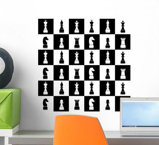 Шахматный принт на стене